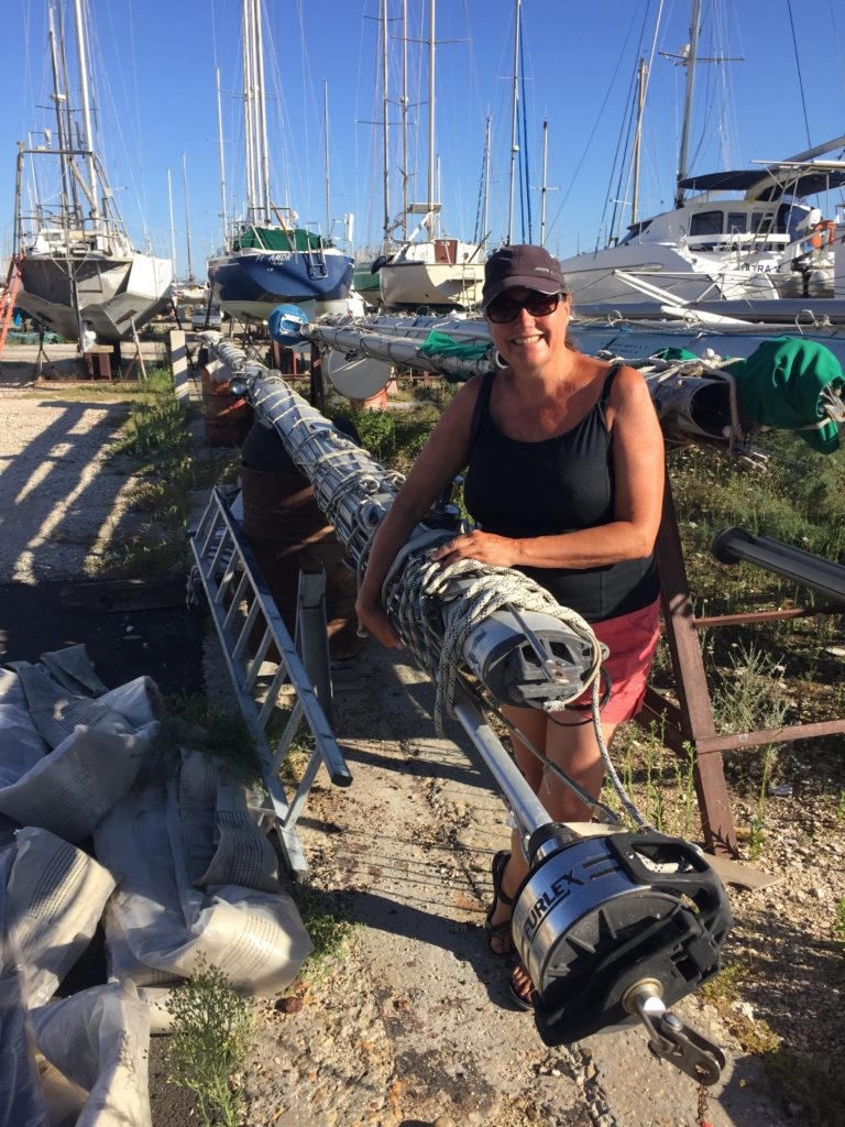 Port Saint Louis du Rhone mast found
