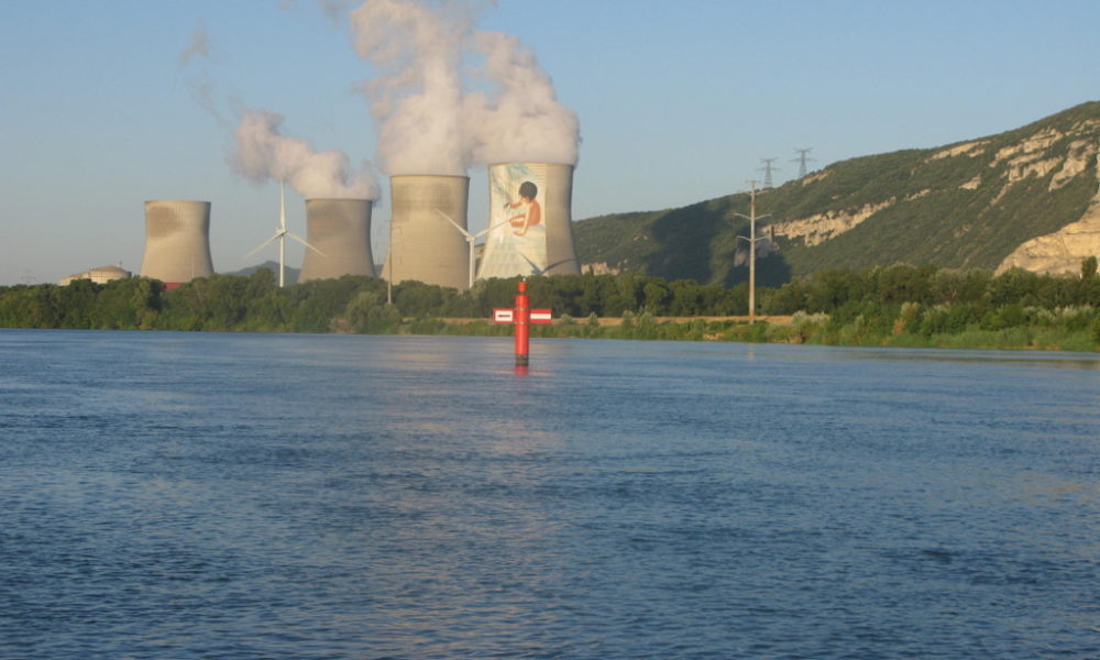 Wild river Rhone – among blast furnaces and wineyards